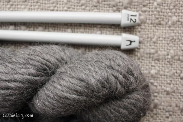 DIY homemade ombre scarf using chunky alpaca wool-4