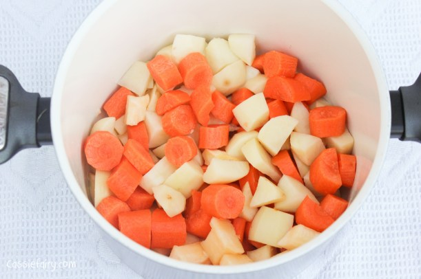 homemade carrot and squash soup recipe-8