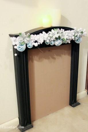 DIY christmas decoration mantlepiece garland ideas-9