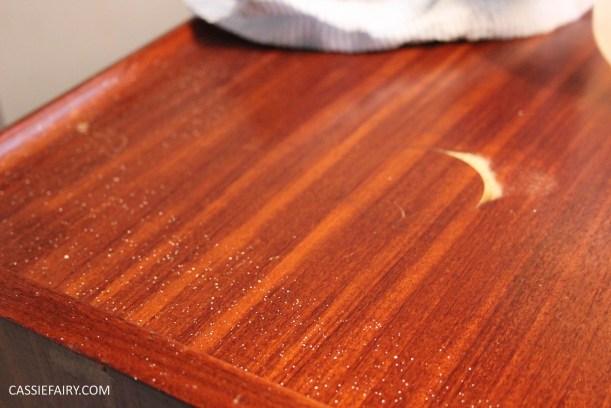 DIY how to repair teak furniture with household ingredients-7