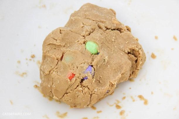 cassiefairy pieday friday blog recipe chocolate smarties cookies diy
