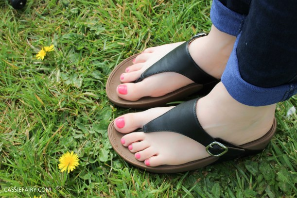 tuesday shoesday sandals fit flops-3