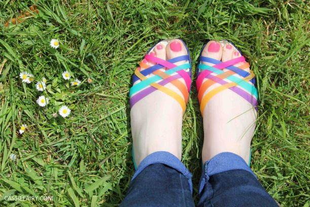 tuesday shoesday shoe fashion ideas for summer 2015 crocs sandals