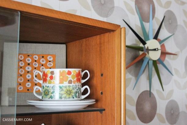 mid century modern interior design starburst clock-4