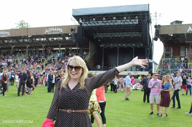 newmarket-racecourse-summer-saturdays-race-day-music-event-5