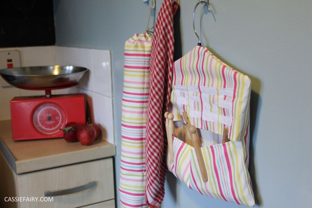 diy kitchen sewing projects peg bag and bag holder-21