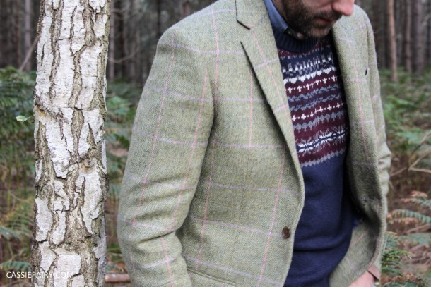 menswear mens fashion styling a tweed jacket layered warm outdoor forest autumn winter-11