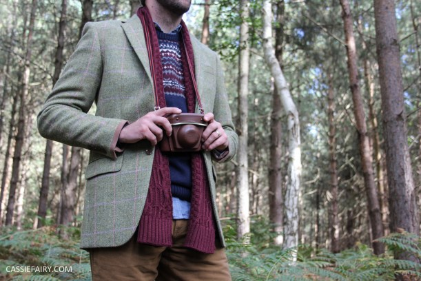 menswear mens fashion styling a tweed jacket layered warm outdoor forest autumn winter-6