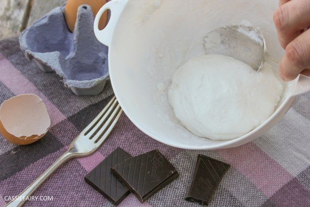 pieday friday baking recipe microwave meringues chocolate cookies-4