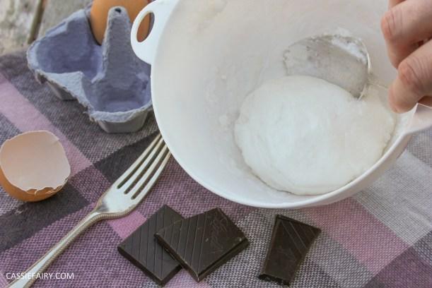 pieday friday baking recipe microwave meringues chocolate cookies-4