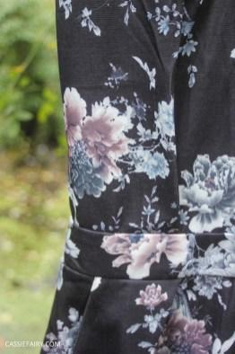 womens thrifty fashion winter wardrobe clothing essentials-11