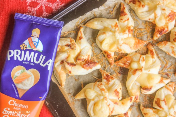 cheesy christmas star pastry party nibbles recipe primula_-20