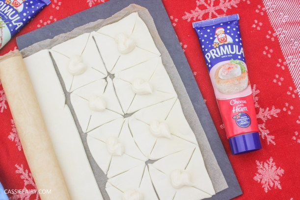 cheesy christmas star pastry party nibbles recipe primula_-5