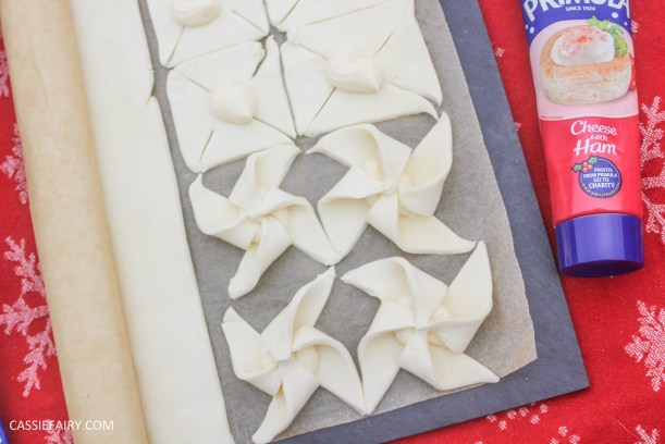 cheesy christmas star pastry party nibbles recipe primula_-9