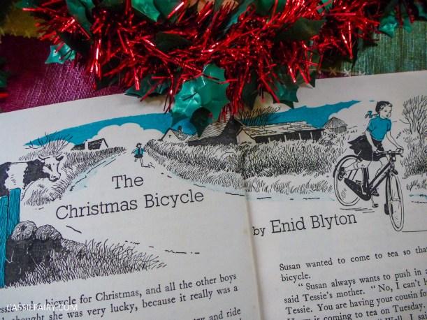 the christmas book vintage retro antique book g higham-5