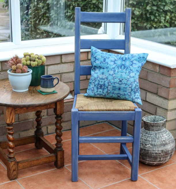 Furniture Makeover Project Rust-Oleum paint retro conservatory chair_-24