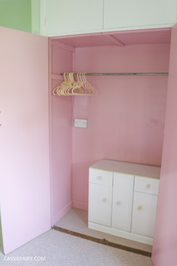bright colour pink painted bedroom cupboard wardrobe interior diy interior design idea-10