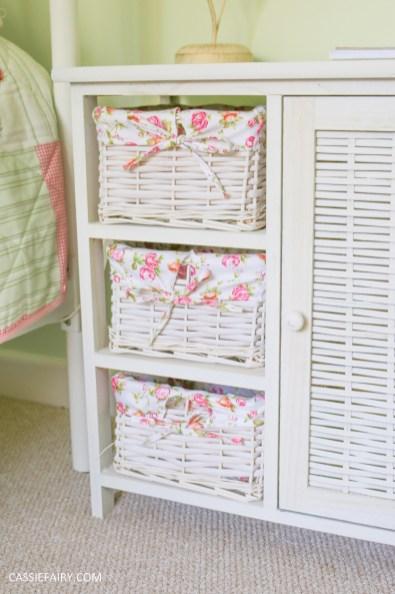 bright colour pink painted bedroom cupboard wardrobe interior diy interior design idea-24
