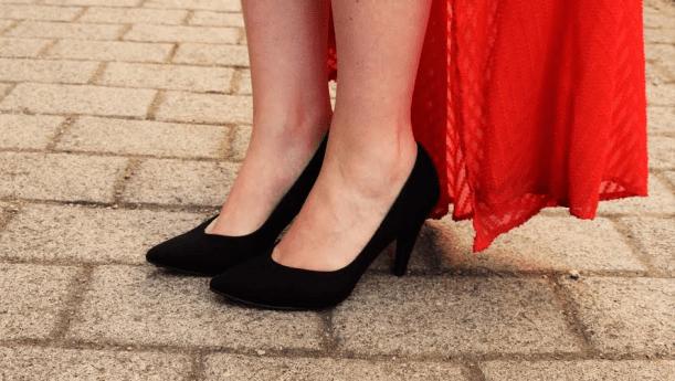 laura devine bride shoes