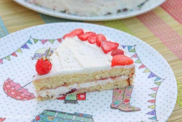 fruit cake cherry strawberry sponge bake baking recipe-9