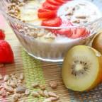 Healthy Sunday brunch recipe – Fruity soaked oats