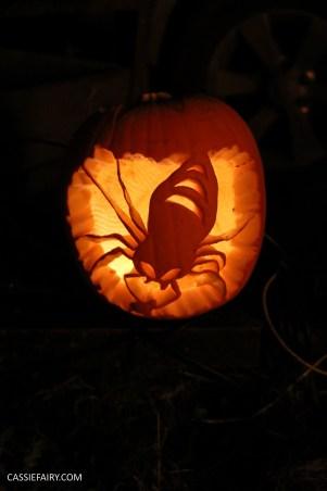 halloween-pumpkin-carving-inspiration-ideas-tips-diy-project-9
