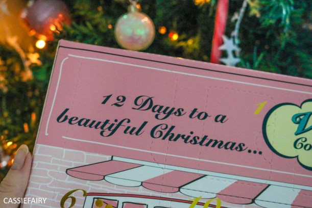 12-days-of-christmas-beauty-advent-calendar-vintage-cosmetics-6-of-7