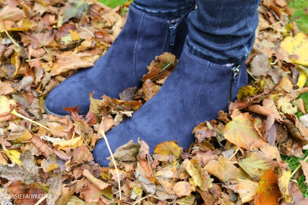 autumn-shoes-blue-suede-boots-kicking-leaves-fashion-trend-winter-5