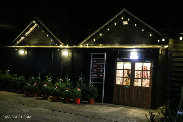 christmas-shopping-blackthorpe-barn-santas-grotto-festive-days-out-suffolk-19