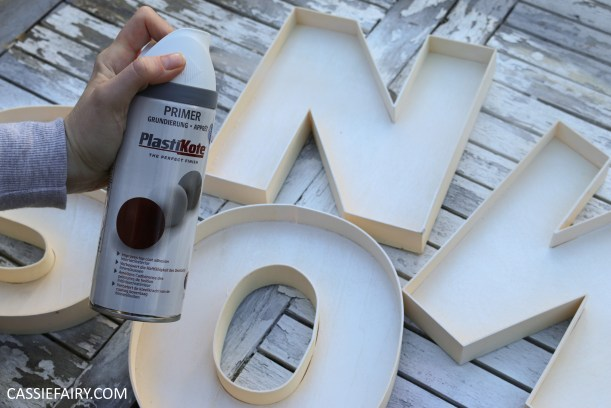 cassiefairy-thrifty-christmas-snow-sign-project-diy-mantlepiece-christmas-decoration-festive-decor-2