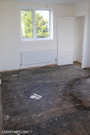 Finding low cost flooring for my bedroom my thrifty life - Average cost to carpet a bedroom ...