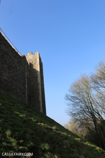 valentines day out framlingham castle on the hill suffolk walking ramble hiking shoes boots-25