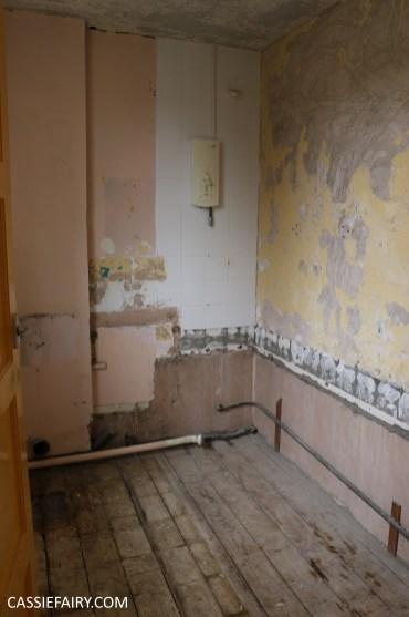 bathroom remodelling renovation makeover decorating project before tiles shower-4