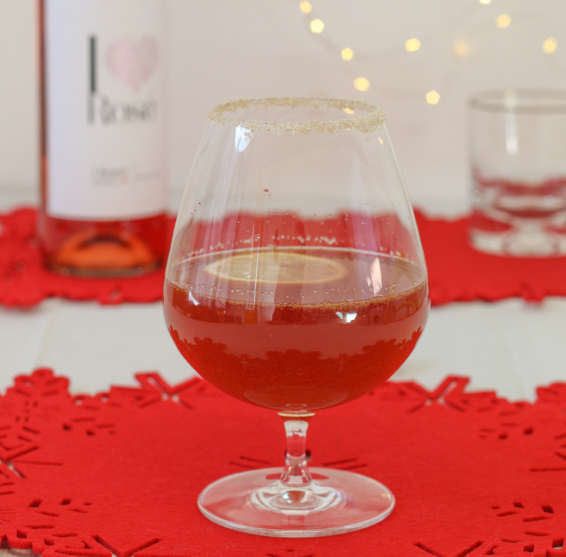 Festive recipe - mulled rosé wine