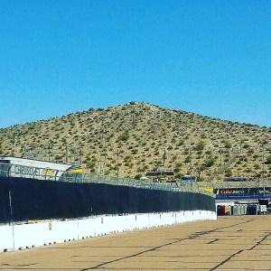 Phoenix-International-Raceway-Rattle-snake-hill