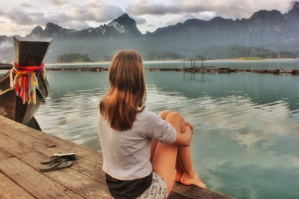 solo travel social anxiety backpacking