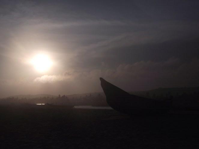 """Lugar de encontros"", by Cássio Serafim, Bojo Beach/Ghana, 2012."