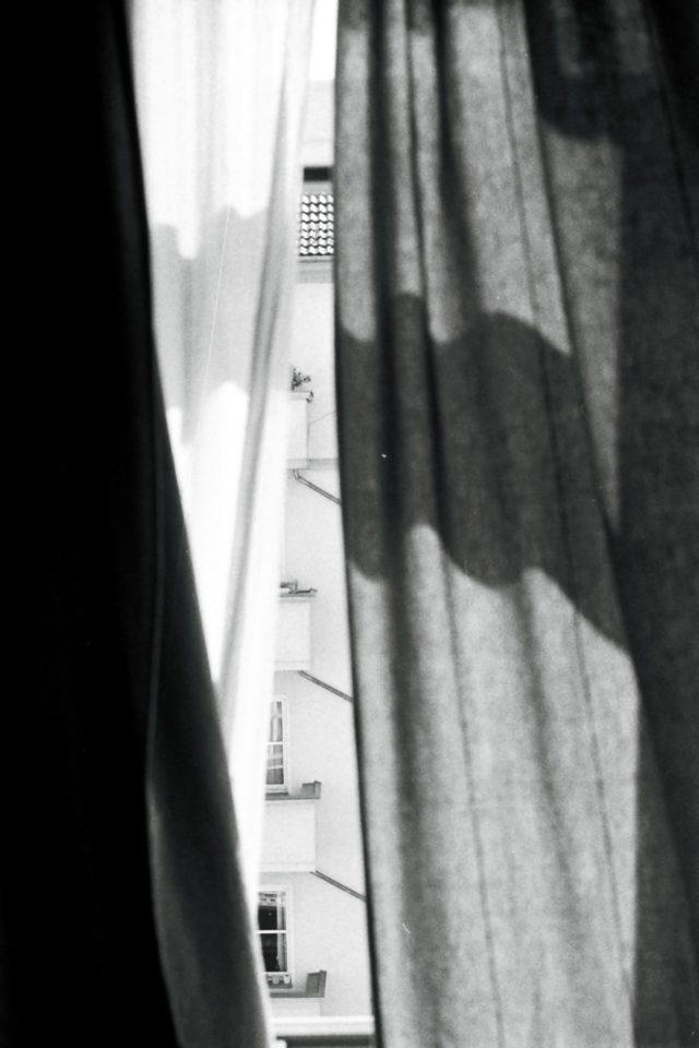 gordijnen vouwgordijnen Waarom raamdecoratie belangrijk is en wat zijn de voordelen?!