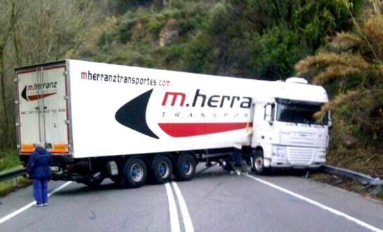 Camio Accidentat Monistrol
