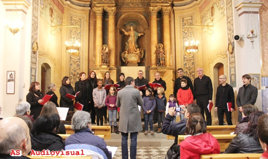 Recollida de signatures per la sol•licitud d'atorgament del Premi Creu de Sant Jordi a la capella de Musica Burés