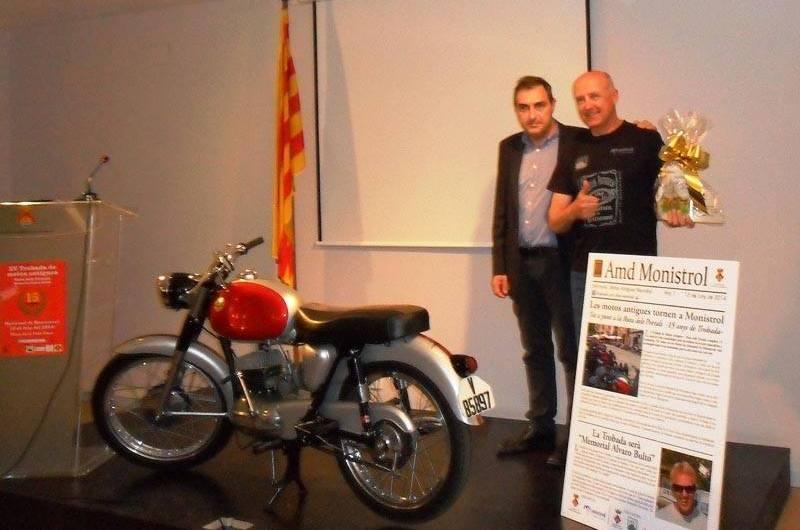 Àlvaro Bulto Homenatjat a la presentacio de la trobada de Motos antigues de Monistrol de Montserrat