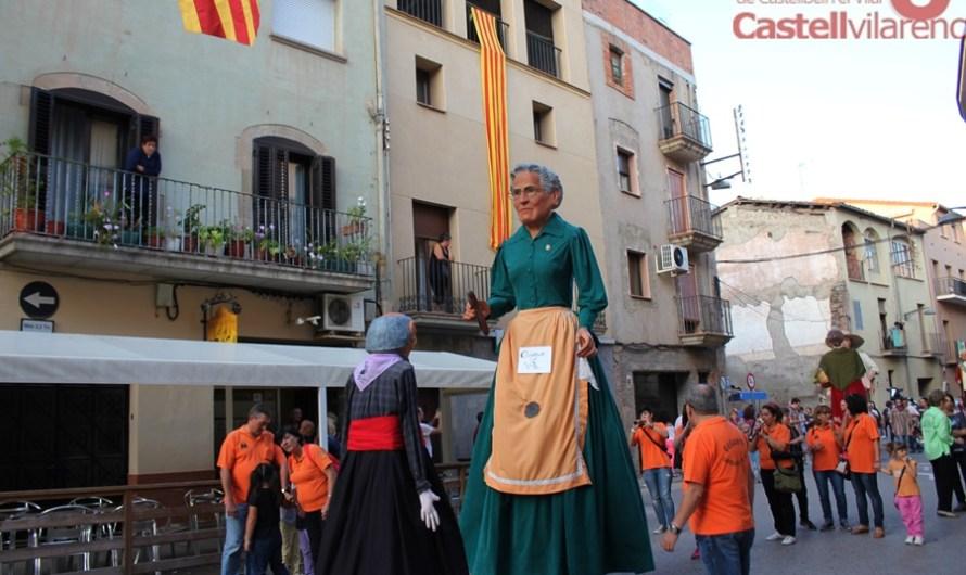 La Colla Gegantera de Castellbell i el Vilar, fa la darrera sortida de l'any a Santpedor