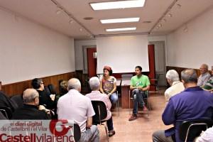 Reunio amb els veïns de les antigues galeries amb l´Alcaldessa Montserrat Badia i l´assesor juridic de l´ajuntament