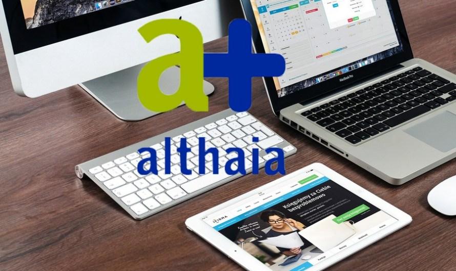 La Fundació Althaia dóna cinc ordinadors per a la biblioteca de l'Associació de Veïns La Balconada