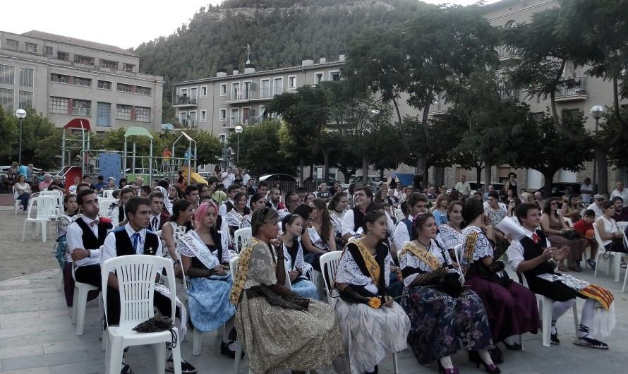 Laura Sorroche i Toni Martínez han estat proclamats Pubilla i hereu de Castellbell i el Vilar 2015.