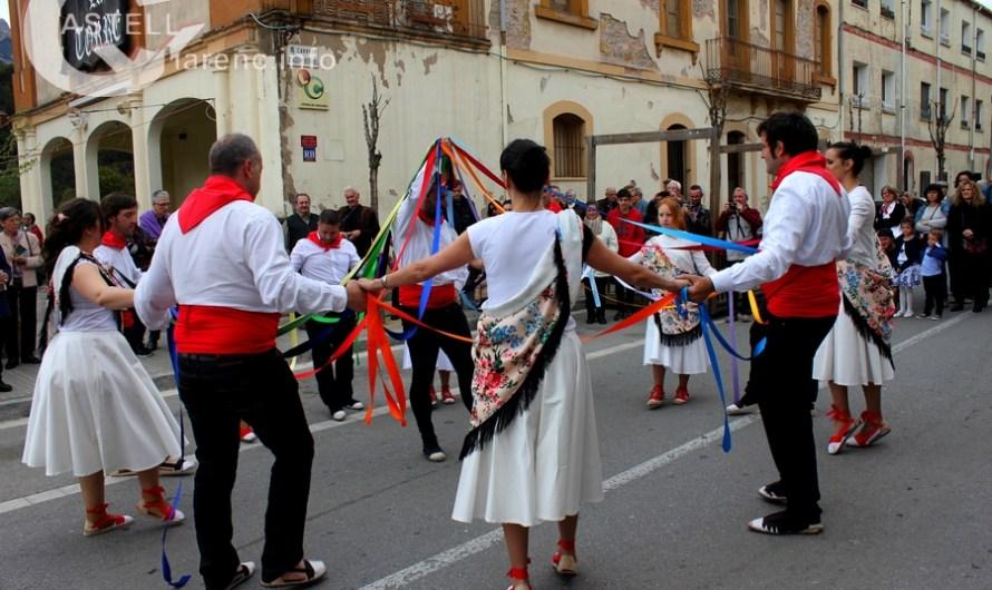 Castellbell i el Vilar celebra la tradicional cantada de Caramelles.