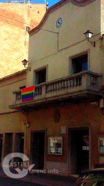 Façana Ajuntament Castellbell i el Vilar Dia Orgull Gai i Lesbianes 2016