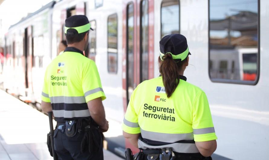 FGC canvia l'uniforme dels seus vigilants de seguretat