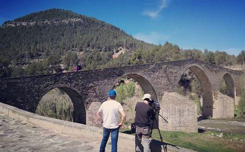 L' espai terra de TV3, grava imatges a Castellbell i el Vilar.