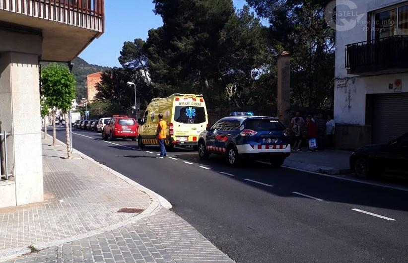 Un veí de Castellbell i el Vilar, ferit lleu en un accident amb un motocultor.